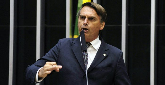 Votação de Bolsonaro hoje seria igual à do fascista Plínio Salgado em 1955