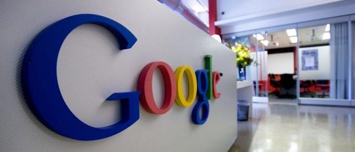 "Google, ""parte integral do Estado"" estadunidense, afirma Julian Assange"