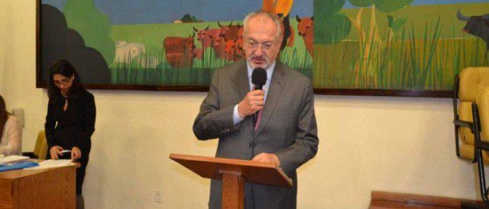 Conservadorismo e religião pautam debate sobre educação com secretário de SP