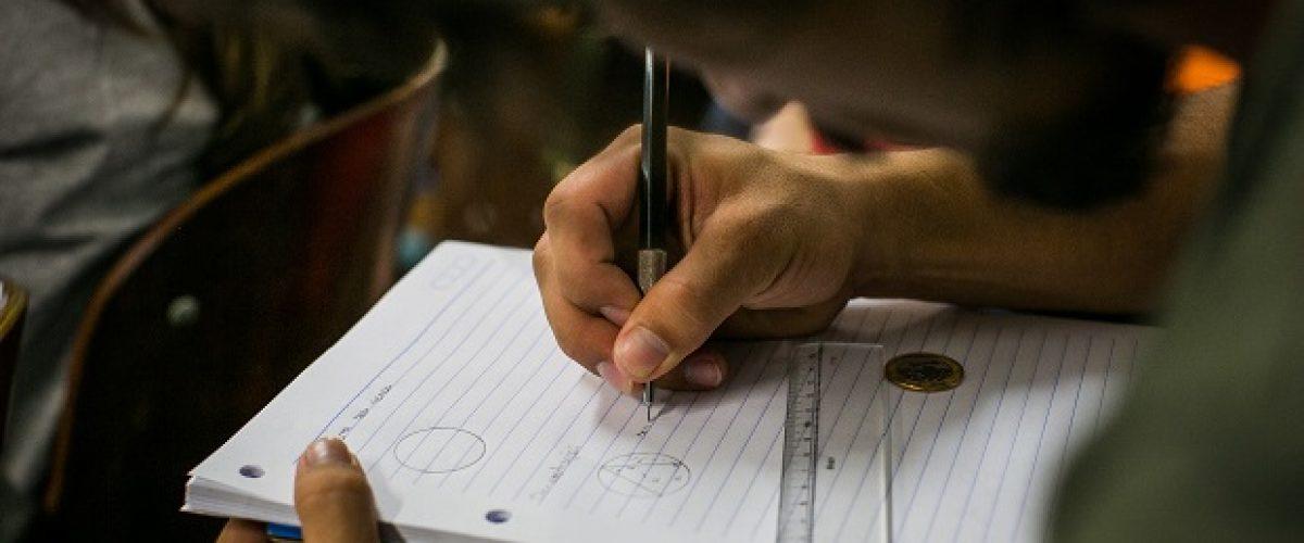 País tem 11,5 milhões de analfabetos; no Nordeste, 38% dos idosos não lê