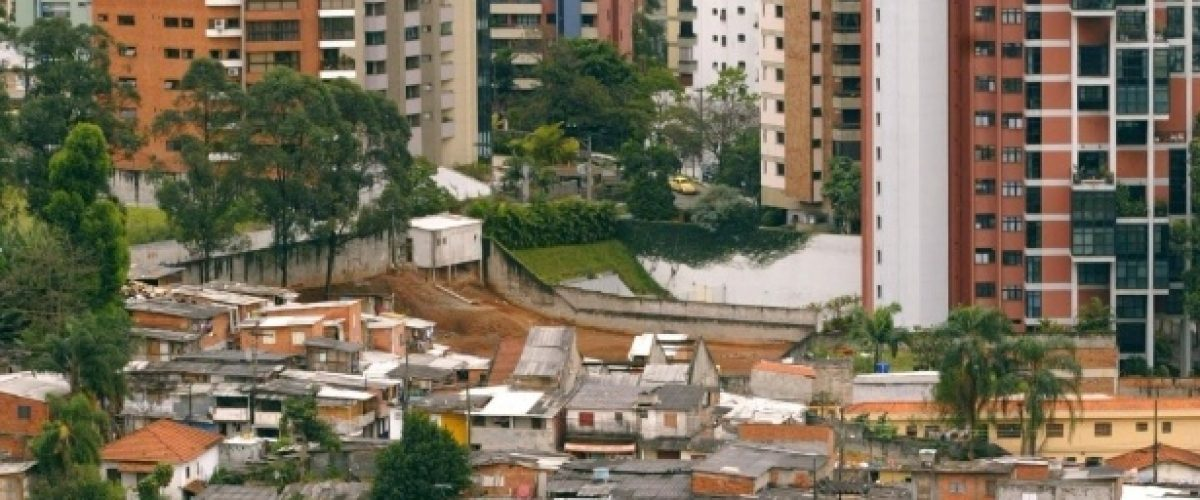 Super-ricos no Brasil lideram concentração de renda global