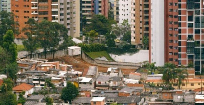 No topo da pirâmide brasileira, 270 mil pessoas compõem o 1% mais rico