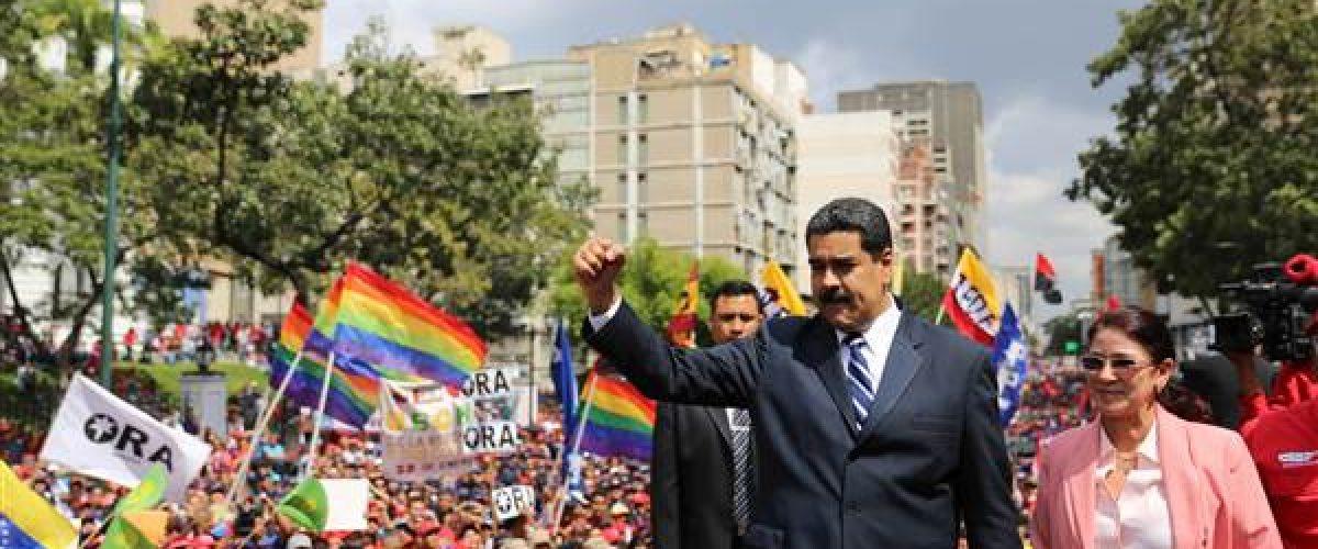 A revolução venezuelana na sua hora decisiva