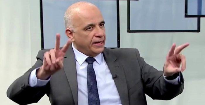 Bolsonaro só existe como opção visível por causa da Globo