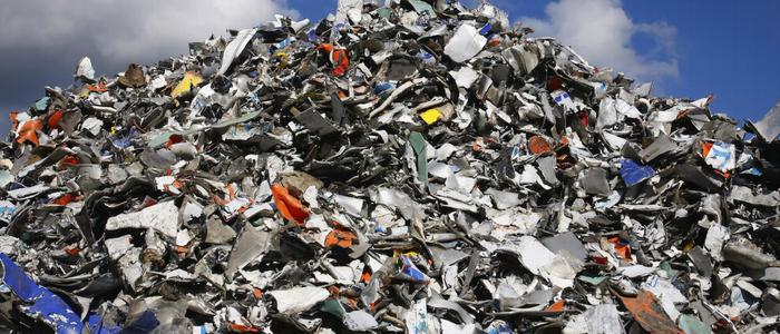 Produzimos tanto lixo que criamos nova camada geológica cheia de futuros fósseis