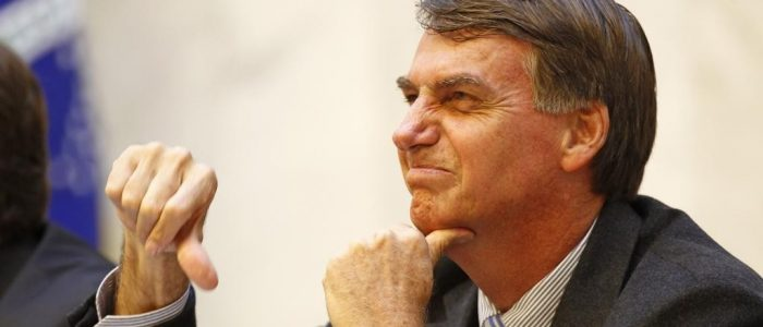Chances de vitória de Bolsonaro são a desistência de um Brasil moderno