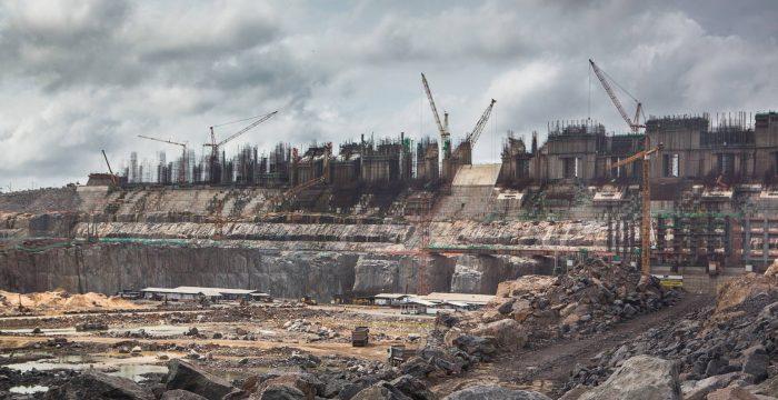 500 barragens ameaçam sufocar o Amazonas