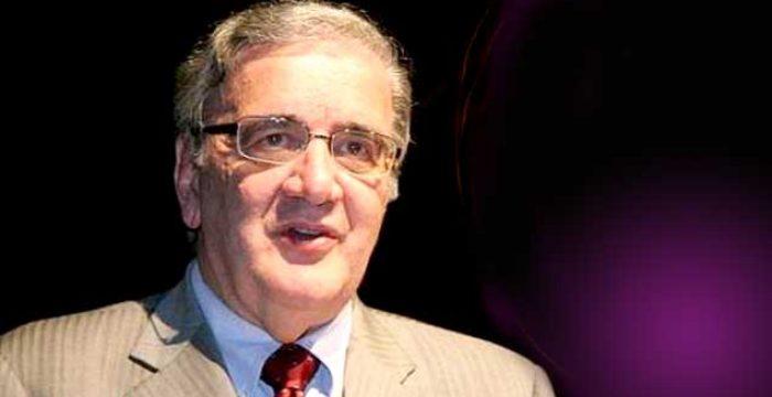 'Vivemos uma situação ditatorial', afirma Belluzzo