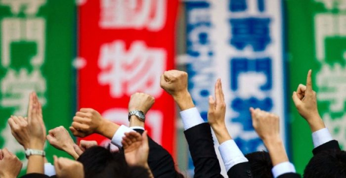 Os jovens japoneses que estão trabalhando literalmente até a morte