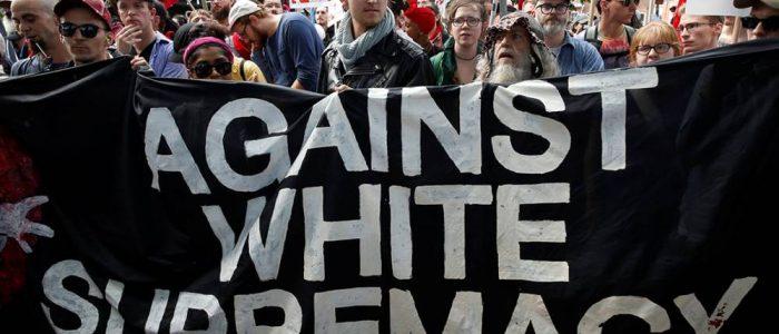 'Sou nazista, sim': O protesto da extrema-direita dos EUA contra negros, imigrantes, gays e judeus