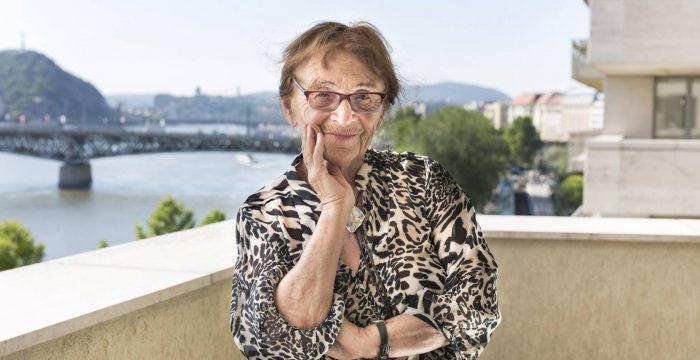 """Agnes Heller: """"A maldade mata, mas a razão leva a coisas mais terríveis"""""""
