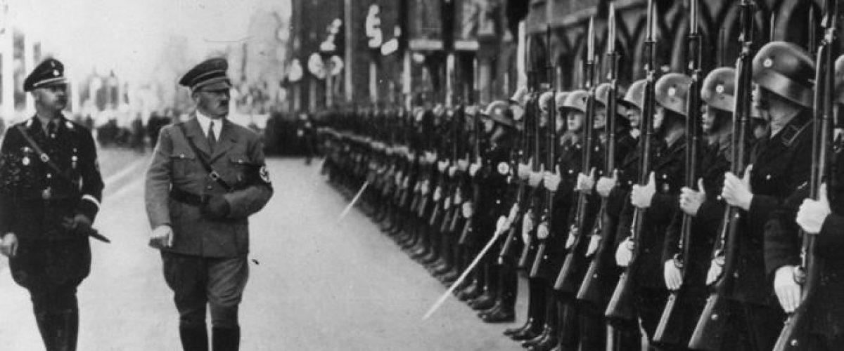 """Os trechos do """"Mein Kampf"""" que derrubam o mito do """"nazismo ser de esquerda"""""""