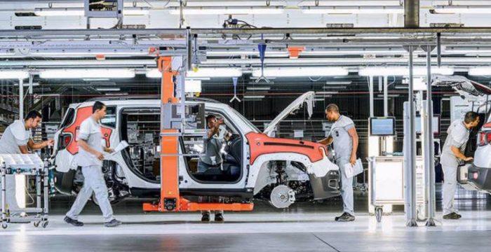 Recessão fez Brasil perder 17 fábricas por dia entre 2015 e 2018, diz estudo