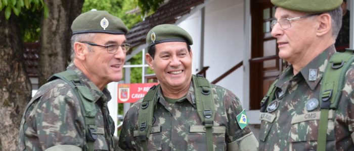 Estamos em plena ditadura civil rumo à militar?