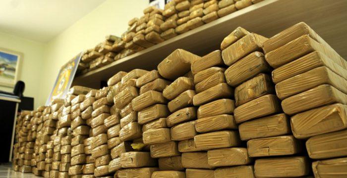 Legalização das drogas: Ignorar esse debate mata pobres e policiais no Rio