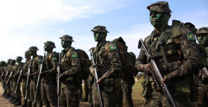 'É ilusão pensar em governo militar como forma de combate à corrupção', diz Dulce Pandolfi