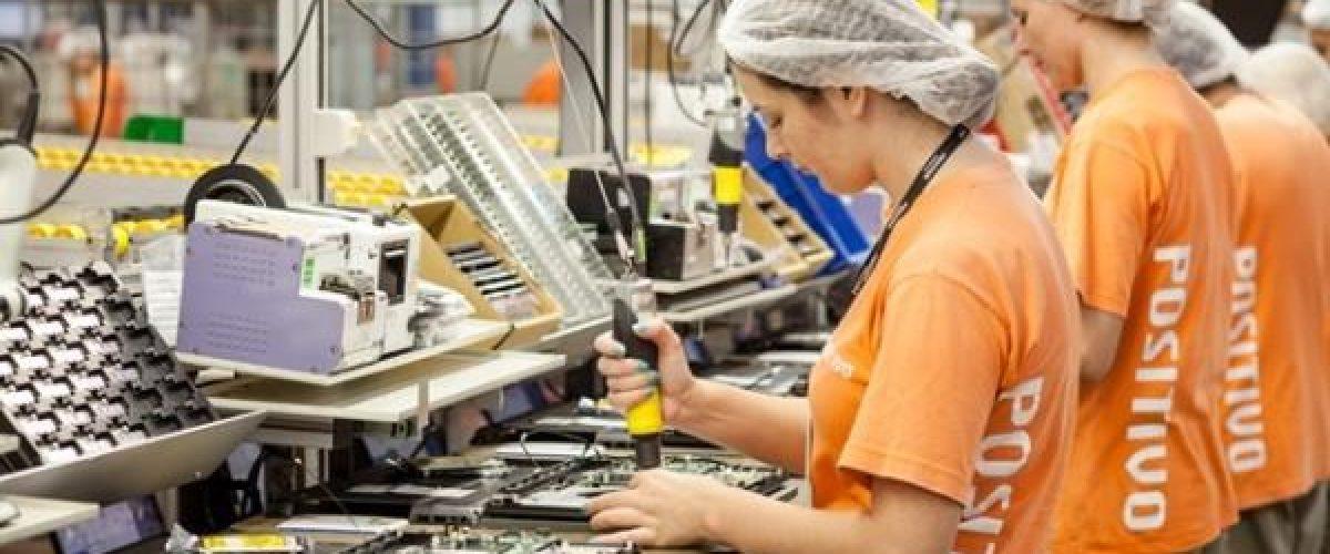Produção industrial cai em oito de quatorze locais pesquisados em setembro, informa o IBGE