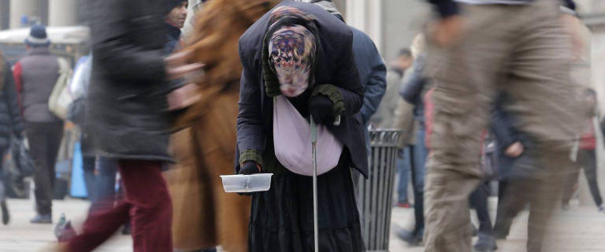 'Bolsa Família italiano' pagará até R$ 1.900 por mês a cidadãos pobres
