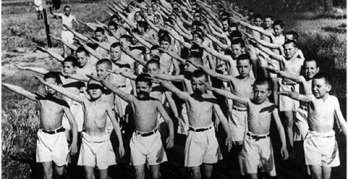 Para combater o terrorismo branco, precisamos expor os pensamentos fascistas e a violência