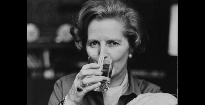 Thatcherismo abriu as portas da barbárie, que não fecharam até hoje