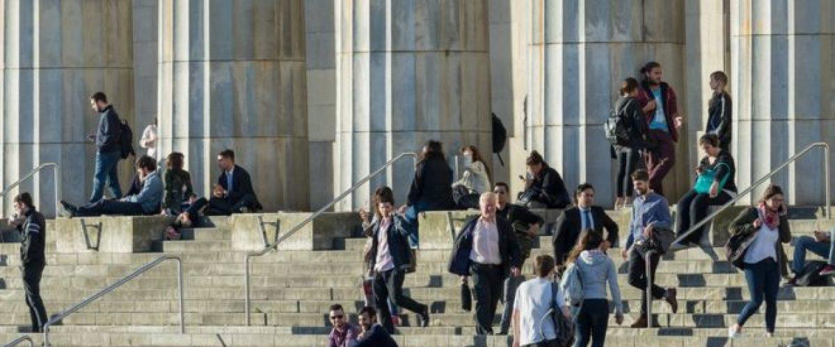 Com faculdades públicas e sem vestibular, Argentina atrai cada vez mais universitários brasileiros