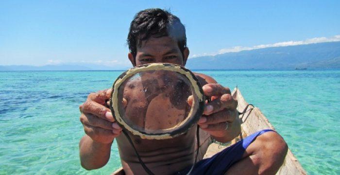 Ciência desvenda mistério sobre pescadores que mergulham 60 metros sem oxigênio