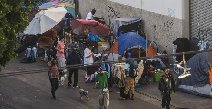 Número de moradores de rua dispara na capital da miséria dos Estados Unidos