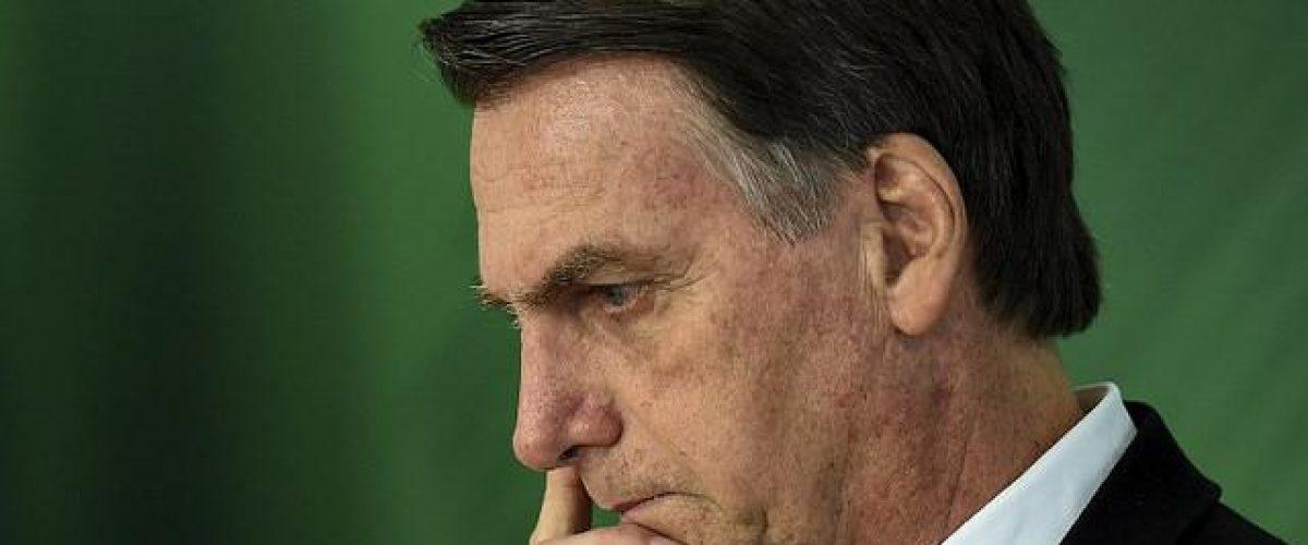 Bolsonaro, o falso nacionalismo e a destruição do Brasil