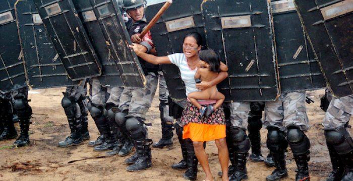 Brasil gangorra: cresce pobreza extrema, mas também a renda dos mais ricos