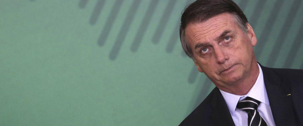 Por que Bolsonaro não cai?