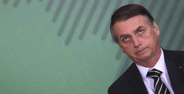 """""""Bolsonaro foi o candidato do colapso e precisa dele para se manter no poder"""""""