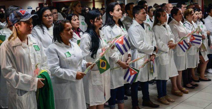 Cuba encerra 2018 com 34 mil médicos atuando em 66 países