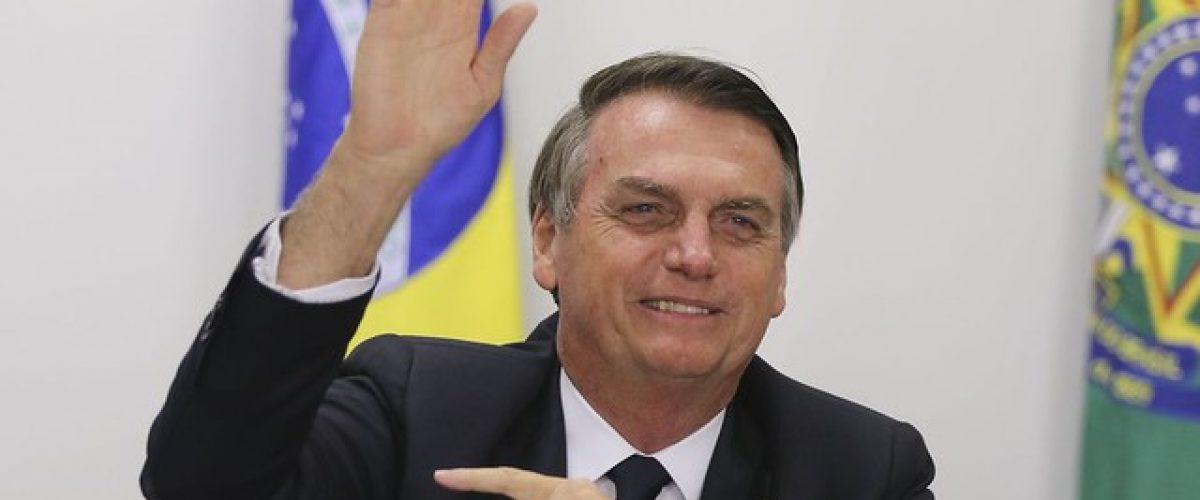 Bolsonaro não é ultradireitista, soberanista, fascista. Ele é demente