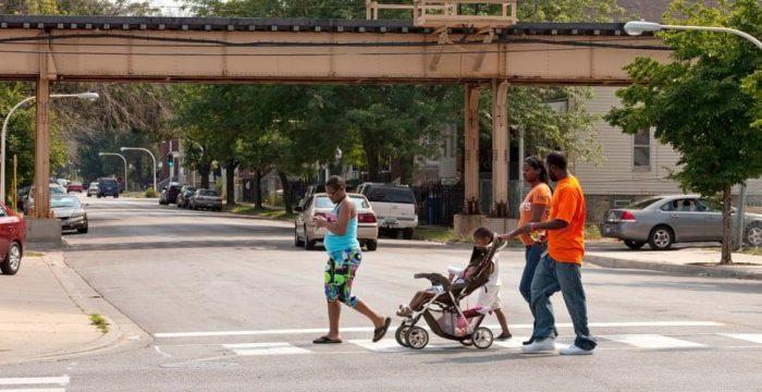 'É totalmente injusto': Chicago, onde os ricos vivem 30 anos a mais que os pobres