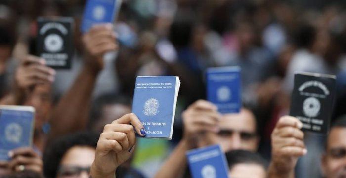 """Proteção ao trabalhador vira """"entrave burocrático"""" só em país que dá errado"""