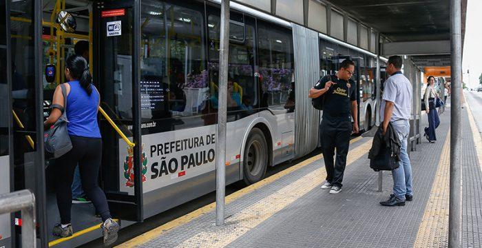 Concentração de capital no sistema de ônibus aumenta nas últimas décadas